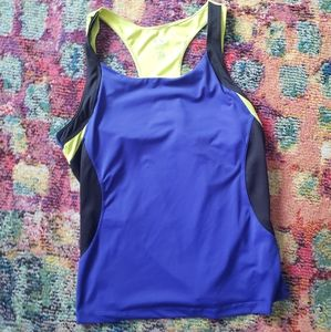 CLEARANCE!! Active wear top blue and yellow sz XL